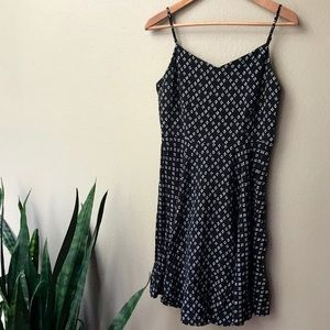 Old Navy Black & Wht Spaghetti Strap Sundress Sz L